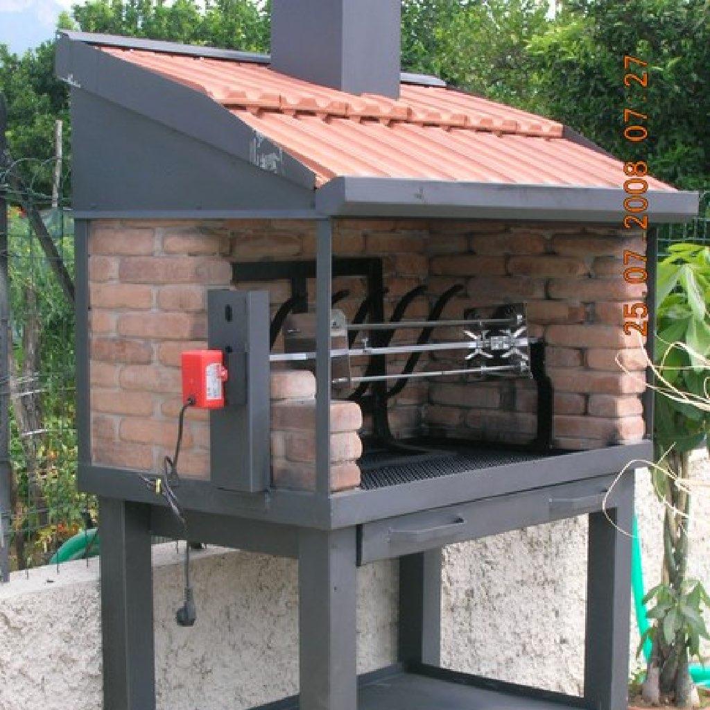 Barbecue con girarrosto forni magliano srl for Mattoni refrattari leroy merlin