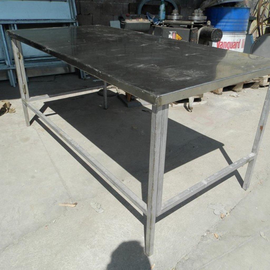 Tavolo in ferro - Forni Magliano srl